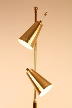 2 head floor lamp WOOD and BRASS in the manners by VINTAGELAMPDEN