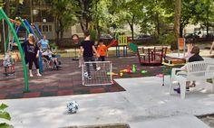 Каритас Русе откри нова детска площадка за деца със специални нужди