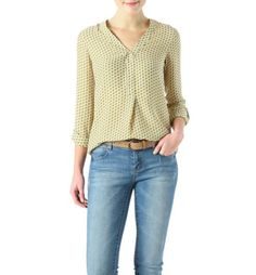 Discover women's blouses from the french fashion online shop Promod in many colours and shapes! Printed Blouse, Stitch Fix, Tunic, Style Inspiration, Pullover, Long Sleeve, Clothing, Sleeves, Prints