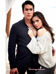 urassaya sperbund Model Street Style, Muslim Couples, Sweet Couple, The Most Beautiful Girl, Actor Model, Celebrity Couples, Traditional Dresses, Cute Couples, Actors