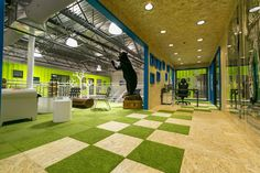 ken block shipping container headquarters - osb+cesped