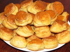 Chléb, briošky, rohlíčky – Snadné Vaření Recepty Thing 1, Pretzel Bites, Hamburger, Bread, Food, Pineapple, Brot, Essen, Baking