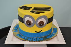 Minion Cake by Simply Sweet Creations (www.simplysweetonline.com)