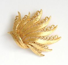 Vintage Monet Brooch 1970s Signed Gold Tone Pin by retrogroovie