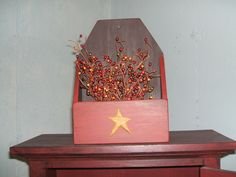 Primitive country decor wood wall / candle box  resin star  autumn berries  usa