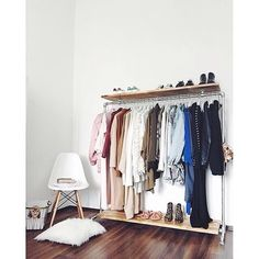 We love a great organised wardrobe 👌🏻💥 - Eldr Double Shelf clothes rail at Jana @_____kopflosgluecklich's beautiful place.   #Ziito #design #wardrobe #organised #details #girly #homedecor