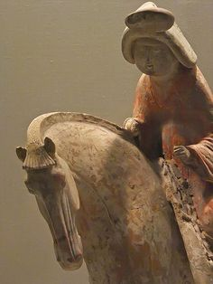 Equestrienne Tang Dynasty Earthenware with polychrome pigments 8th century CE