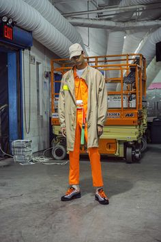 5 Names You Need to Know From the New York Men's Shows Fashion Designer New York, New York Fashion, Workwear Fashion, Mens Fashion, Nyc Projects, Bowling Shirts, Being A Landlord, European Fashion, Sportswear Brand