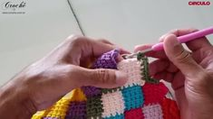 Labor, Crochet Fashion, Crochet Necklace, Balloons, Snowflakes, Handmade Rugs, Colorful Rugs, Rag Quilt, Molde