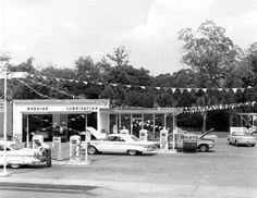 Tenneco Gas Station at 1200 Thomasville Road - Tallahassee, Florida