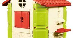 Alcune casette colorate da giardino
