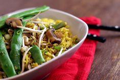 Veganes Nasi Goreng mit Stangenbohnen