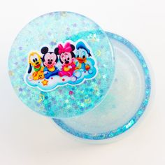 Disney Trinket Box Hand Made in Resin Holds small jewellery like earrings, bracelets and necklaces or small collectible toys Resin Jewelry, Jewelry Box, Jewellery, Kids Christmas, Christmas Gifts, Tooth Fairy Box, Fairy Doors, Child Love, Party Bags