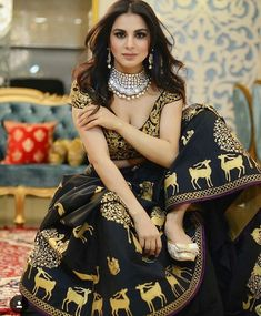 See Shraddha Arya Photos, Shraddha Arya Rare and Unseen Images, Pictures, Pics Here. See Shraddha Arya Hot and sexy HD Wallpapers on Bollywood Camp Indian Tv Actress, Indian Actresses, All Black Dresses, Bollywood Lehenga, Red Lehenga, Beautiful Girl Indian, Indian Designer Wear, India Beauty, Classy Women