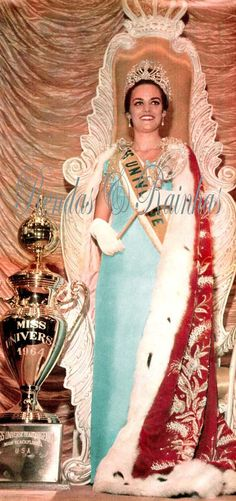 Miss Universo 1964 - Corina Kiriaki Tsopei - Grécia