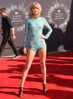 15 of the Craziest VMA Red Carpet Looks We Still Can't Get Over   Brit + Co