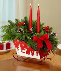 48 Fabulous Christmas Centerpieces Ideas with Candles That Anyone will Impress - Dailypatio Christmas Flower Arrangements, Christmas Table Centerpieces, Christmas Flowers, Xmas Decorations, Christmas Wreaths, Christmas Ornaments, Centerpiece Ideas, Graduation Centerpiece, Candle Centerpieces