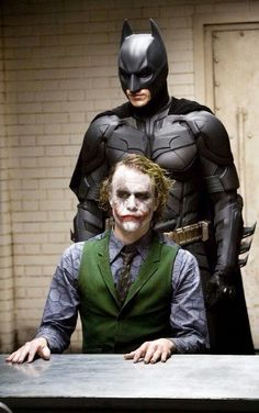 Heath Ledger y Christian Bale en The dark knight
