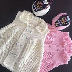 Şişli Knitting Baby Girl Dress Making - Babykleidung Knitting Baby Girl, Baby Sweater Knitting Pattern, Knitting For Kids, Baby Knitting Patterns, Knitting Designs, Baby Patterns, Knit Baby Dress, Baby Cardigan, Baby Blanket Crochet
