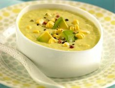 Fresh Corn Chowder - 30 minutes or less. Naturally sweet corn and creamy avocado make this chilled blender soup (no stove necessary! Vegan Corn Chowder, Chicken Corn Chowder, Corn Soup, Vegan Soups, Vegan Vegetarian, Vegetarian Recipes, Vegetarian Times, Raw Vegan, Raw Food Recipes