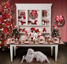 Mesa branca e vermelha.