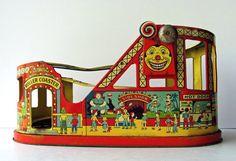 Tin toys, robot on Pinterest | Tin Toys, Vintage Tins and Robots