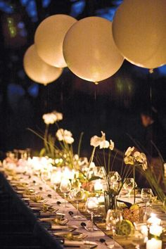 wedding reception decor ideas with giant ballons