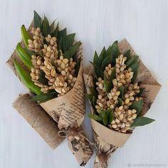 Candy Bouquet Diy, Food Bouquet, Diy Bouquet, Edible Fruit Arrangements, Edible Bouquets, Thali Decoration Ideas, Fruit Decorations, Vegetable Bouquet, Flower Box Gift