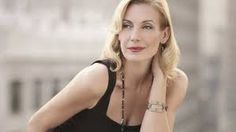 Ute Lemper: I don't know why, but I find this lady almost unbearably attractive. Portraits, Portrait Photographers, Ute Lemper, Fitness Photography, Songs To Sing, Iconic Women, Interesting Faces, Celebs, Celebrities