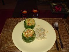 Courgettes rondes farcies au thon Avocado Egg, Palak Paneer, Bon Appetit, Zucchini, Eggs, Poses, Vegetables, Breakfast, Sweet