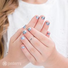 What little girl doesn't love Olaf? A fun addition to your Frozen Birthday Party would be these Disney Collection by Jamberry nail wraps. Check out my website for Elsa and Ana! nataliesgotjams.jamberry.com