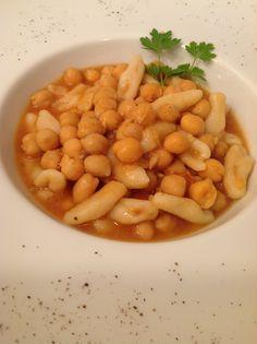 Cavatelli e Ceci, ricetta su appesiaunospago.it