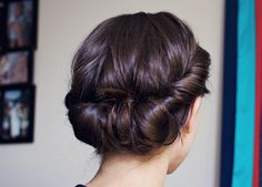 Vintage Hairstyles For Prom 12 Latest Updo Hairstyles for Medium Hair Vintage Hairstyles, Pretty Hairstyles, Braided Hairstyles, Wedding Hairstyles, Stylish Hairstyles, Summer Hairstyles, Chignons Glamour, Medium Hair Styles, Short Hair Styles