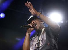 Jay Z performs at Made in America on September 1, 2012. ( MICHAEL S. WIRTZ / Staff Photographer )