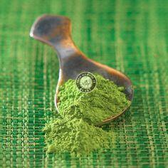 Tái tạo sức sống cho làn da nhờ bột trà xanh