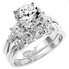 Irish wedding ring :) Wow, that's beautiful. My dream ring (I have no man in …, …, … - İrische Eheringe Most Expensive Engagement Ring, Cute Engagement Rings, Expensive Wedding Rings, Expensive Jewelry, Wedding Engagement, Irish Wedding Rings, Beautiful Wedding Rings, Wedding Rings For Women, Diamond Wedding Rings