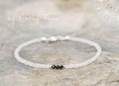 Armbänder - ॐ Klarheit ॐ Bergkristall/Spinell Armband 3,5mm - ein Designerstück von Cathy-Thica-Namaste bei DaWanda