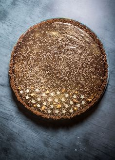 This Chocolate Tart Has A Boozy Glug Of Baileys For The Ultimate Dessert FactorDelish UK Chocolate Baileys, Chocolate Cheese, Ginger Nut Biscuits, Dessert Cake Recipes, Desserts, Cooking Cake, Delicious Magazine, New Cake, Salted Butter