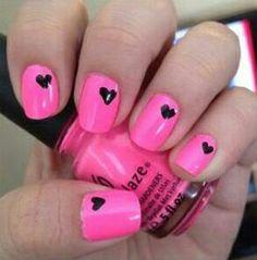 Roze met zwarte hartjes