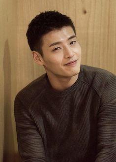 Kang Haneul backs out of Bad Guys spinoff Drama Korea, Korean Drama, Asian Actors, Korean Actors, City Of Evil, Kang Haneul, Cute Asian Guys, Perfect People, Korean Star