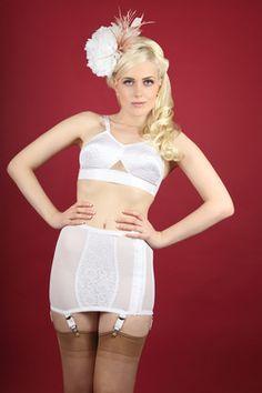 3250504352 Retro lingerie Retro Lingerie