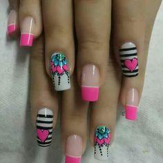 Cute pink and black nail art Fancy Nails, Love Nails, Pretty Nails, My Nails, Cute Nail Art, Beautiful Nail Art, Fabulous Nails, Perfect Nails, Minimalist Nails