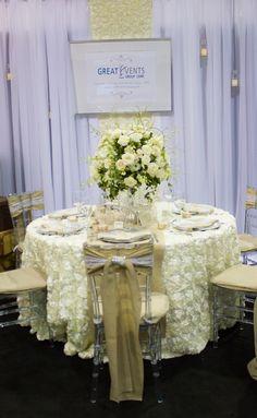 Burlap and Ivory Rosette. #yyceventrentals #weddingrentals #weddingdecor #eventdecor www.greateventsrentals.com