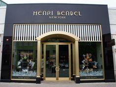 Resultados de la Búsqueda de imágenes de Google de http://www.secondcitystyle.com/wp-content/uploads/2012/05/Henri_Bendel_storefront_Old_Orchard.jpg