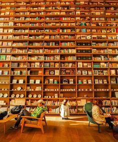 HIRAKATA T-SITE, Hirakata, Osaka, Japan, shop, bookstore, bookshelf