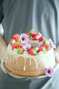 """""""di cuore"""": torta di fragole in pentola fornetto"""