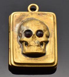 Amazing Victorian gild silver MEMENTO MORI SKULL locket pendant.Very rare!