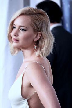 """Jennifer Lawrence attends the world premiere of """"Joy"""" at the Ziegfeld Theatre in New York City on December 13, 2015."""