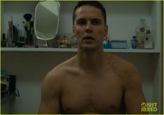 Taylor Kitsch Shows Off Shirtless Body & Butt on 'True Detective'