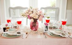 Savannah Style: Setting a Beautiful Table on PaulaDeen.com....Love the pearls around the vase!